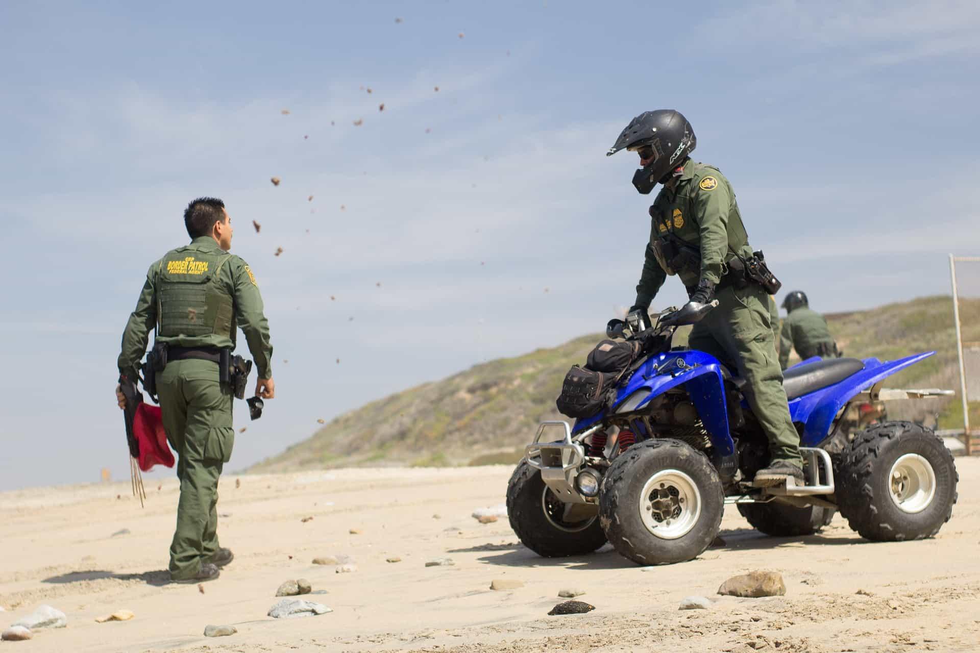 border-patrol-2747625_1920