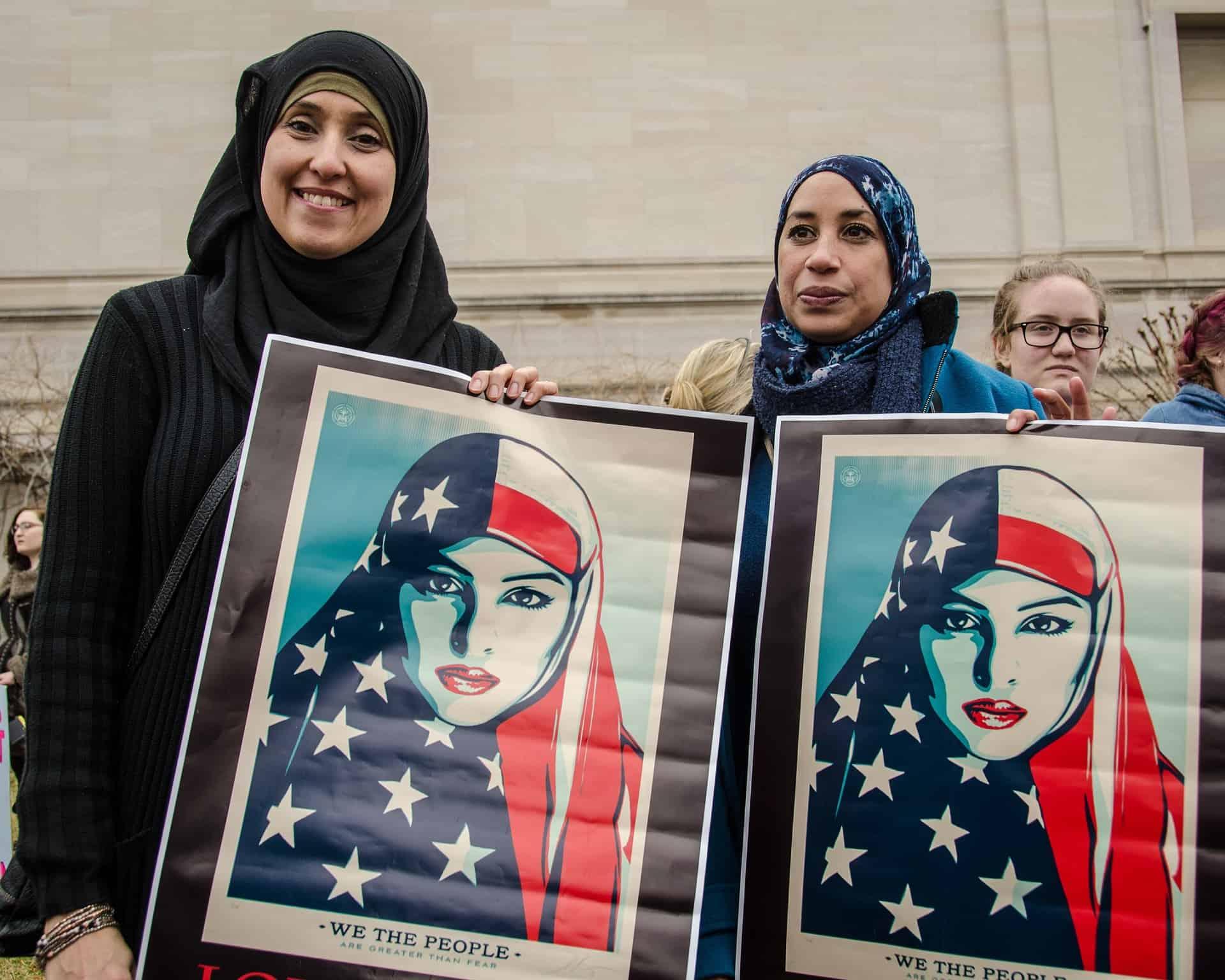muslims-2590609_1920