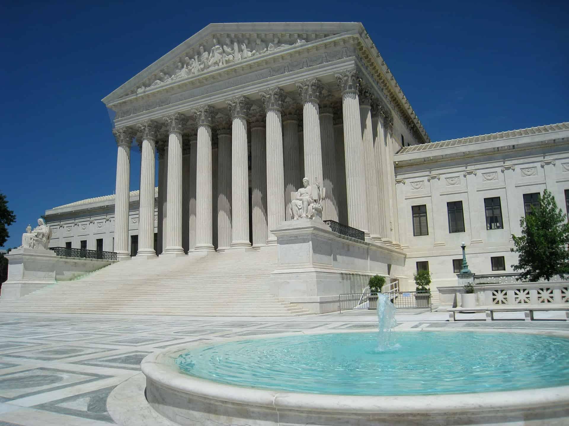 supreme-court-545534_1920